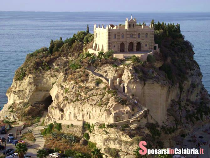 Matrimonio Spiaggia Tropea : Matrimonio al mare a tropea le chiese sposarsi in calabria
