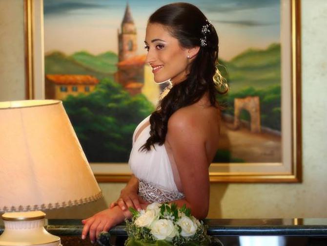 spesso Acconciatura Sposa Capelli Lunghi - Sposarsi in Calabria UD31
